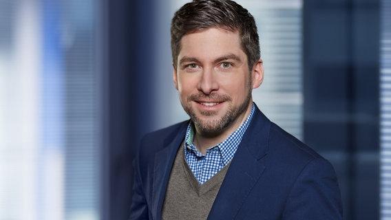 Adrian Feuerbacher ist neuer NDR Info-Chef - Foto: NDR