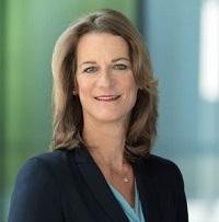 Katrin van Randenborgh grüßt als Media Relations-Chefin beim ADAC - Foto: ADAC